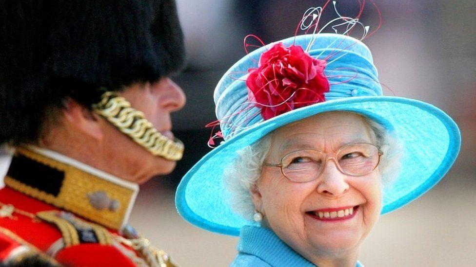 Королева Елизавета Вторая отпраздновала 94-й день рождения без салютов